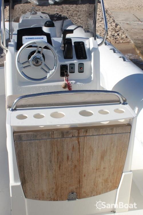 Boat rental Pietrosella cheap Tempest