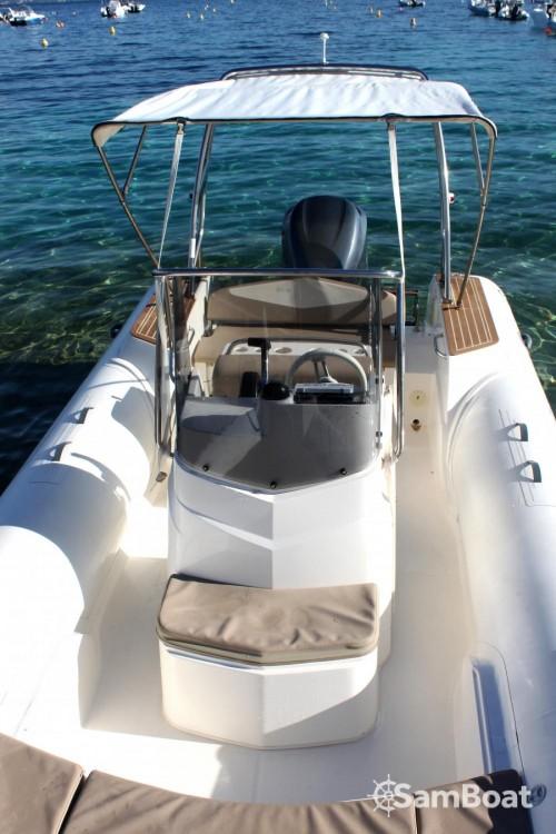 Rental yacht Pietrosella - Capelli Tempest on SamBoat