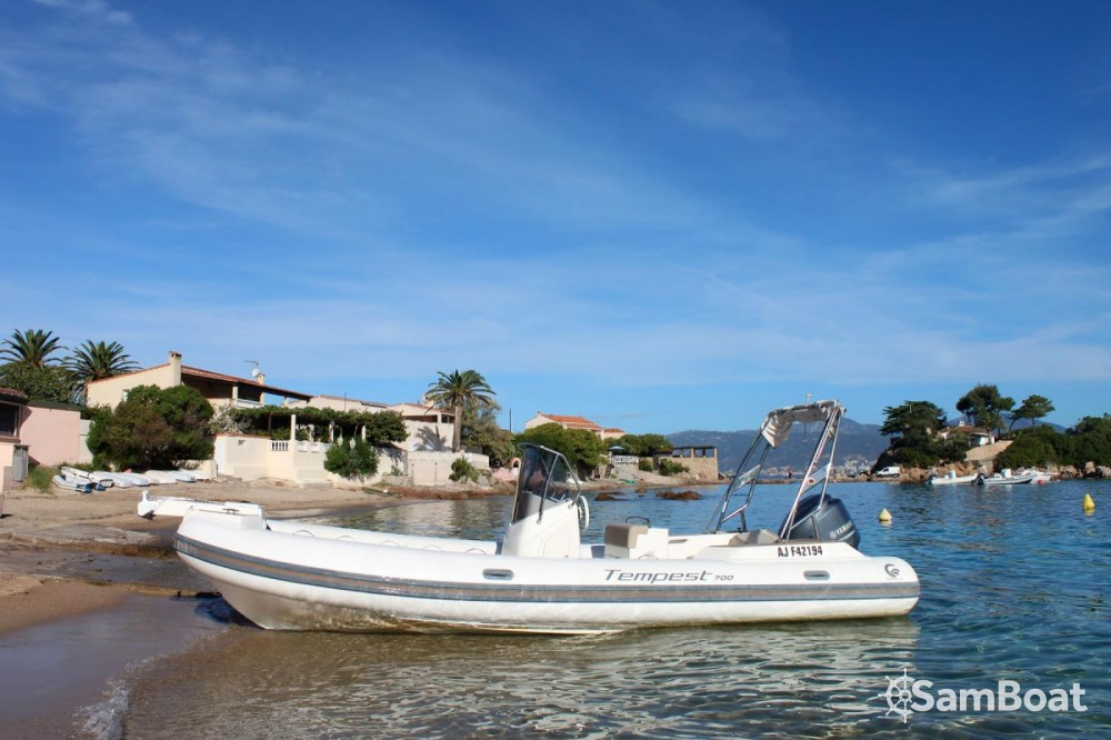 Boat rental Capelli Tempest in Pietrosella on Samboat