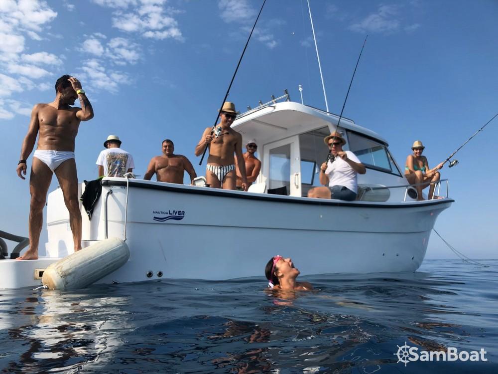 Boat rental LIVER Cabin 850 in Taranto on Samboat