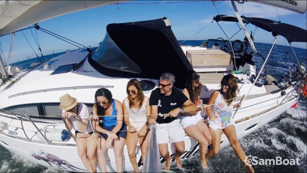 Boat rental Elan Impression 514 in Valencia on Samboat