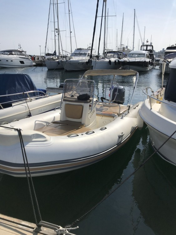 Zodiac Medline 650 between personal and professional Cannes