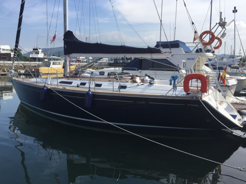 Hire Sailboat with or without skipper Dufour Santander