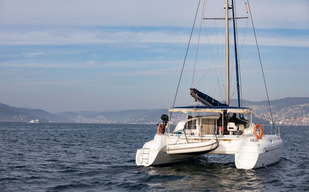 Rental yacht Vigo - Fountaine Pajot Athena 38 on SamBoat