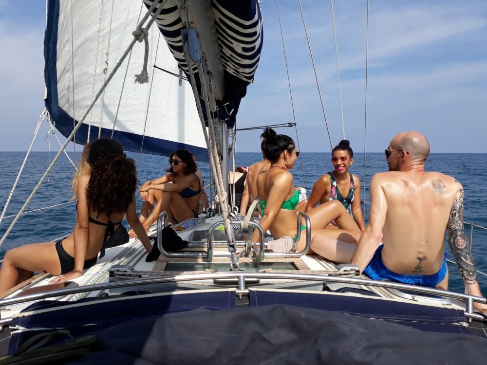 Rental yacht Port Olímpic - Jeanneau Sun Odyssey 40 on SamBoat