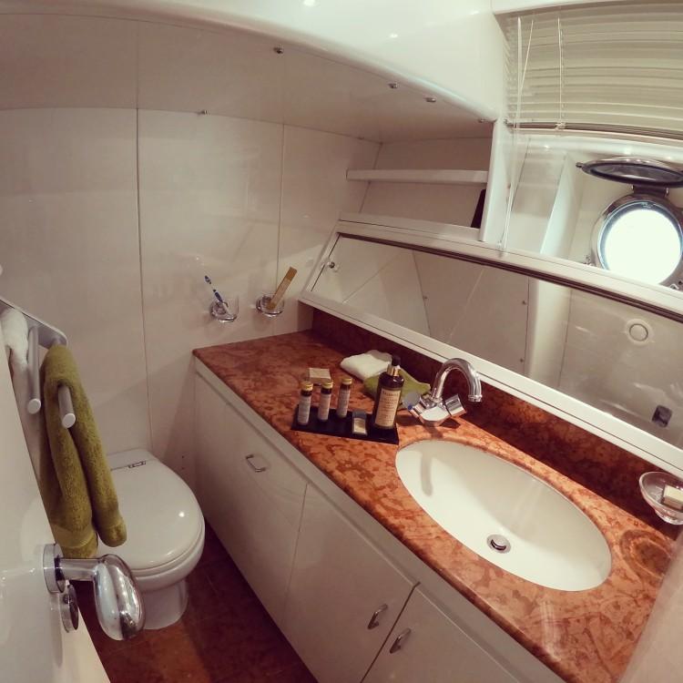 Boat rental Velsicraft   Challenger 80 in Agde on Samboat