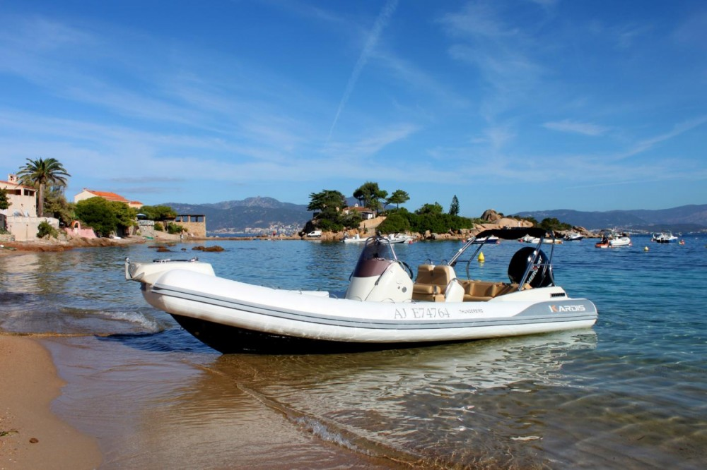 Boat rental Pietrosella cheap Thunderbird 780
