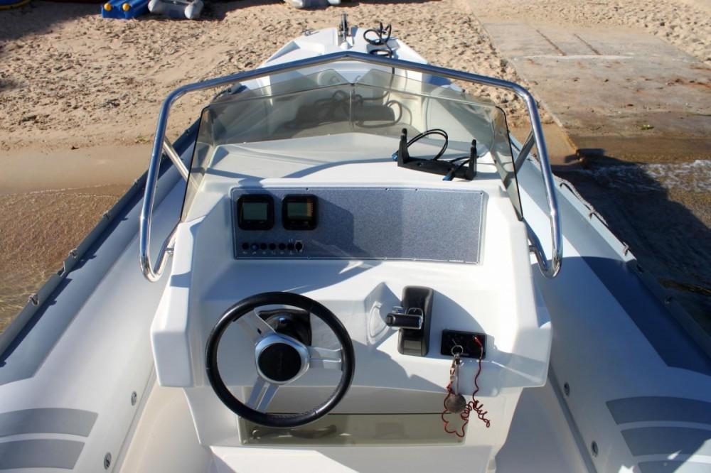 Rental yacht Pietrosella - Lomac Lomac 790 IN on SamBoat