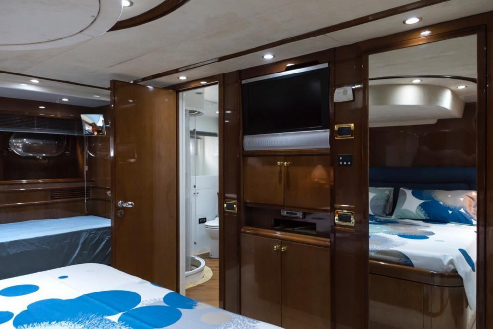 Hire Yacht with or without skipper Benetti Castellammare di Stabia