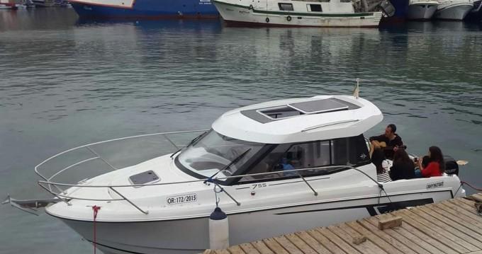 Boat rental Oran Port cheap Merry Fisher 755