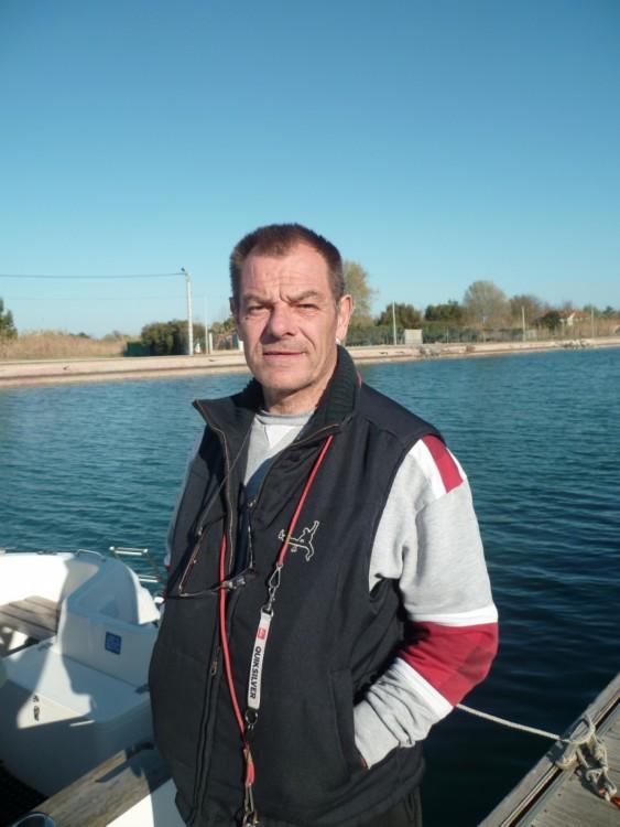 Boat rental Marseillan cheap Quicksilver 580 Pilothouse