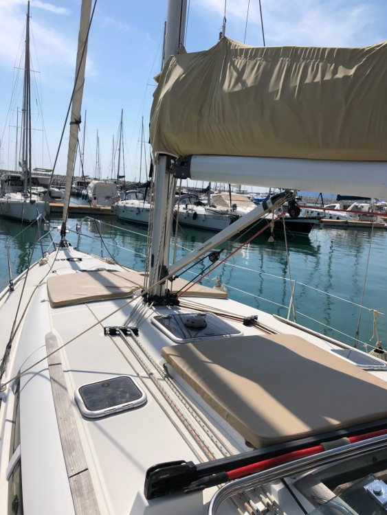 Rental Sailboat in Salerno - Jeanneau Sun Odyssey 42i