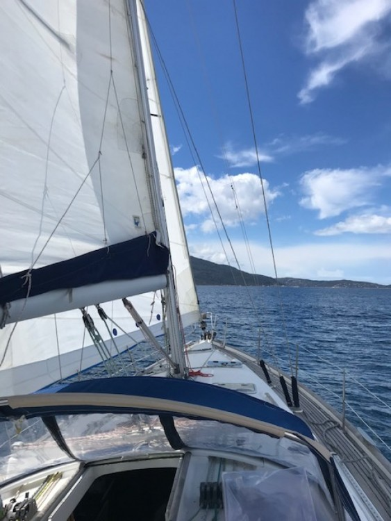 Rent a Bénéteau oceanis 411 Propriano