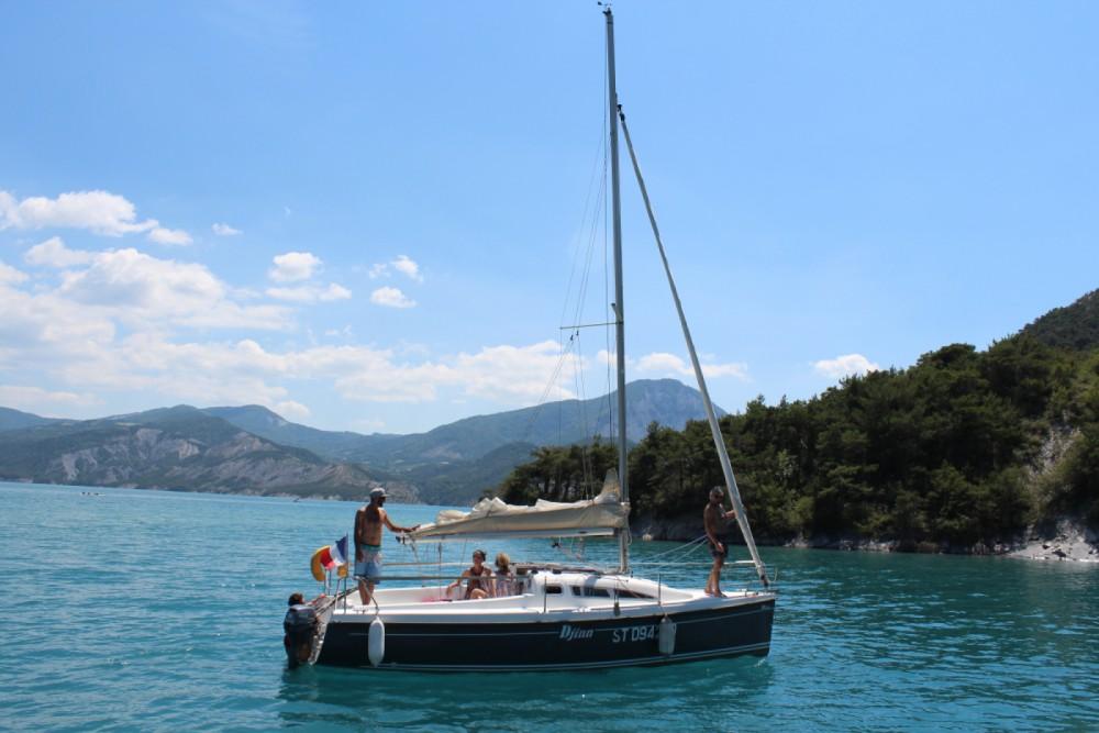 Rental yacht Rousset - B2 Marine Djinn 7 on SamBoat