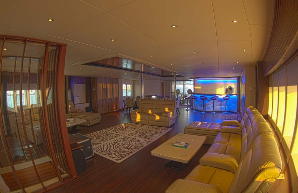 Rental Yacht Honors Legacy with a permit