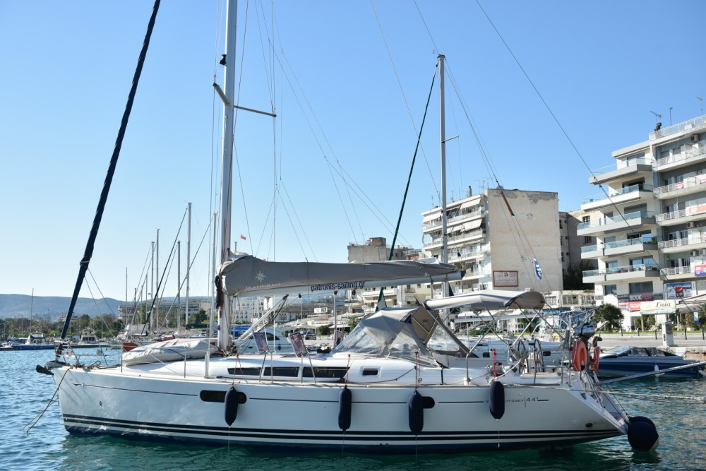 Rental Sailboat in Volos Municipality - Jeanneau Sun Odyssey 44i