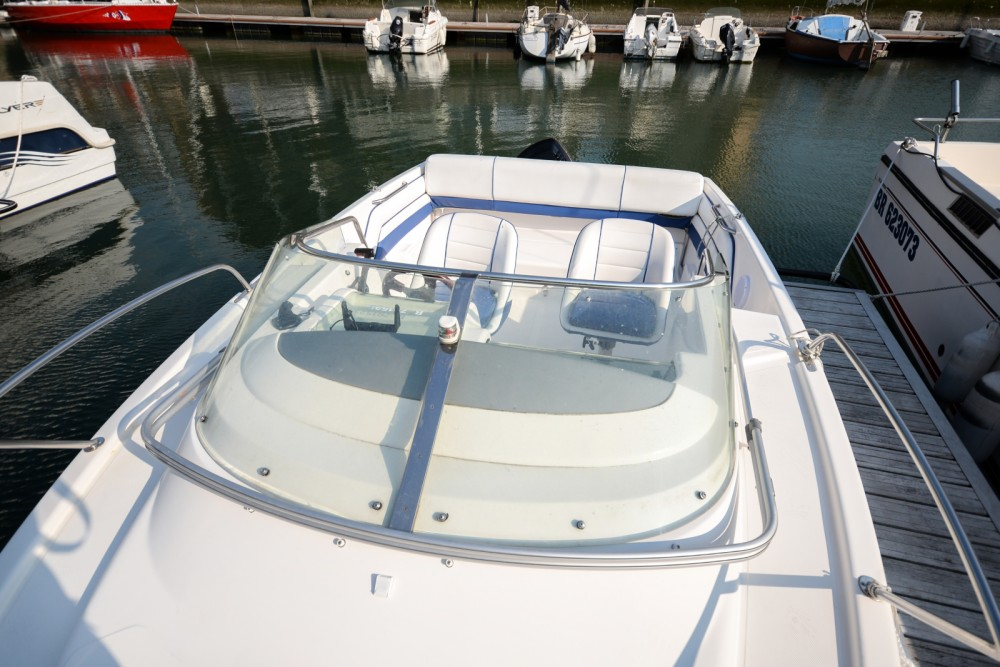 Motorboat for rent Deauville at the best price