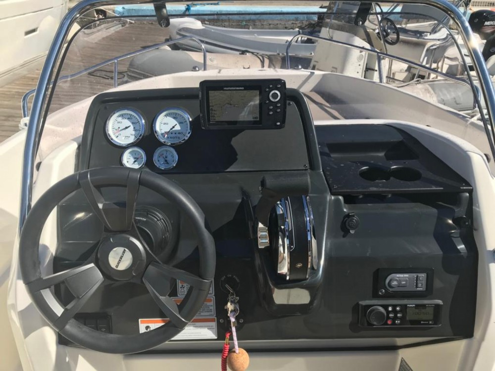 Hire Motorboat with or without skipper Quicksilver Toulon