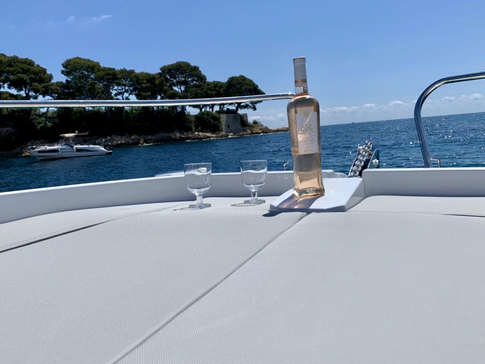 Boat rental Antibes cheap Cap Camarat 6.5 WA Serie 3