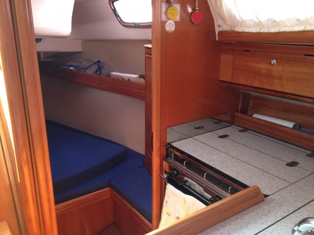 Rental yacht Piriac-sur-Mer - Bavaria Bavaria 30 Cruiser on SamBoat