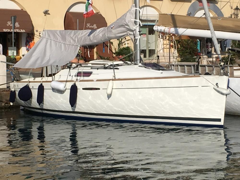Rental Sailboat in Bastia - Bénéteau First 25 S