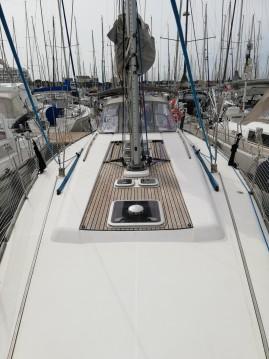 Rental Sailboat in Port-Camargue - Dufour Dufour 45 E Performance