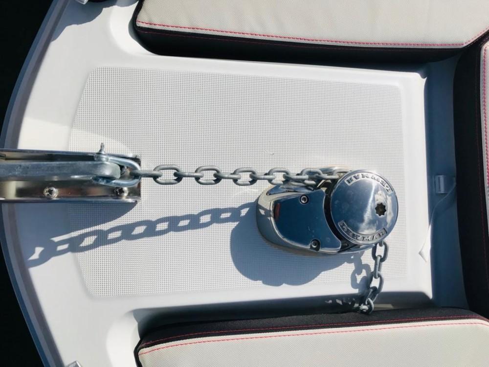 Rental Motorboat in Arcachon - Bénéteau Flyer 6.6 SUNdeck