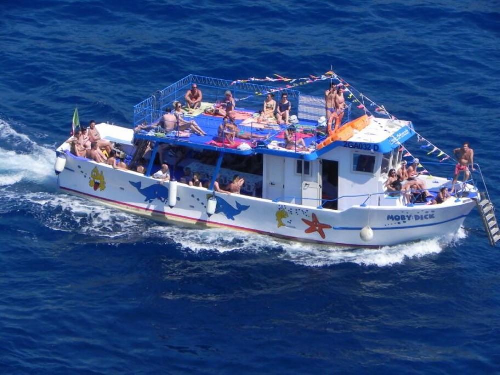 Rental Motorboat in Ponza - mariplast mobydick