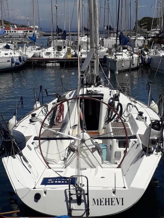 Hire Sailboat with or without skipper Bénéteau Santa Teresa Gallura