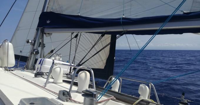 Boat rental Jeanneau Sun Magic 44 in La Seyne-sur-Mer on Samboat