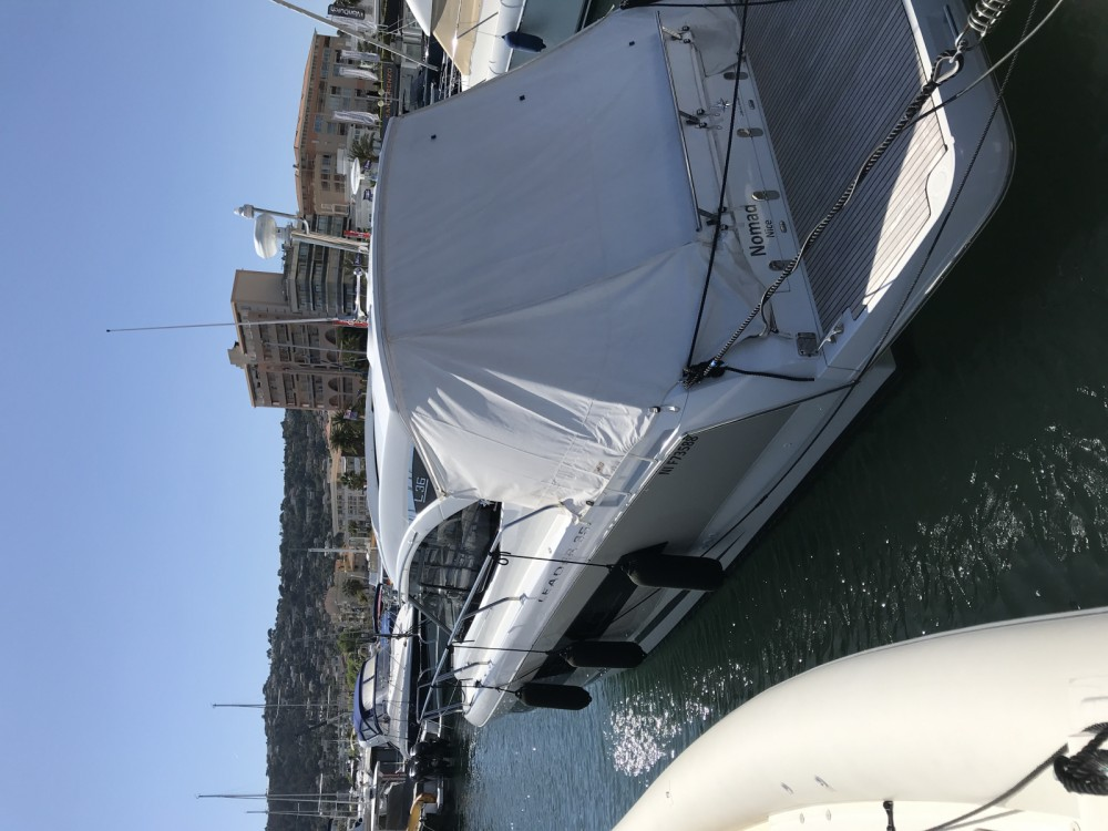 Jeanneau Leader 36 Open between personal and professional