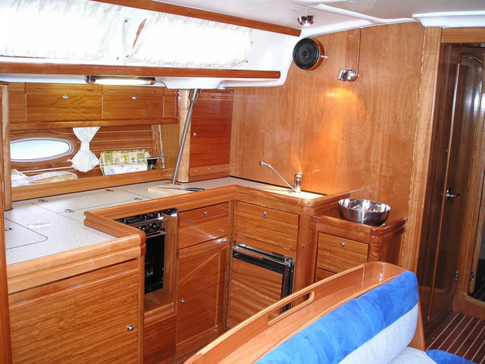 Rental yacht Valencia - Bavaria Bavaria 46 Cruiser on SamBoat