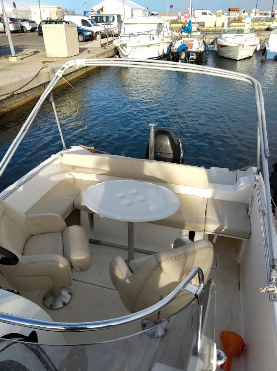 Boat rental Hyères cheap Cap camarat 6m35 WA