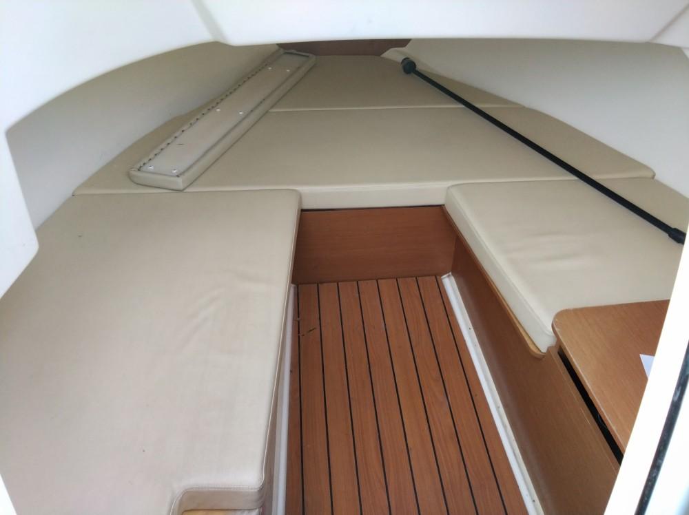 Boat rental Jeanneau Cap camarat 6m35 WA in Hyères on Samboat