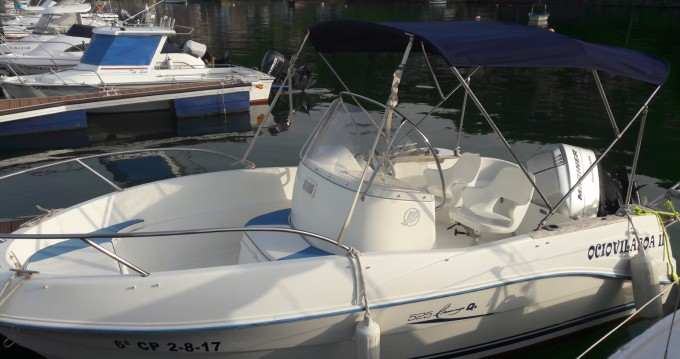 Motorboat for rent Cobres at the best price