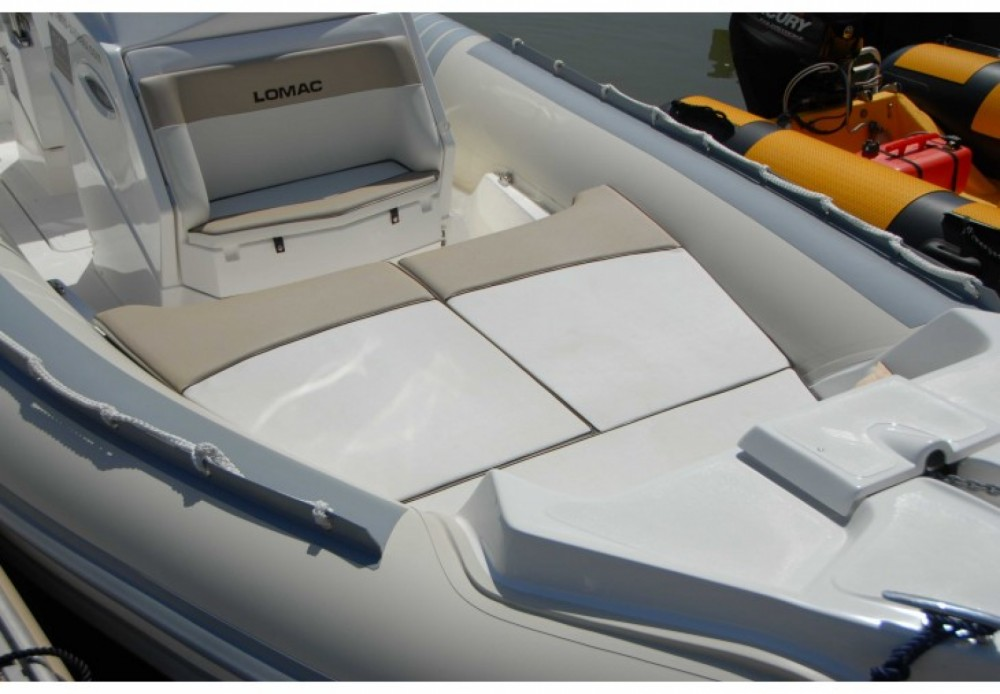 Rental yacht Roses - Lomac Lomac 790 IN on SamBoat