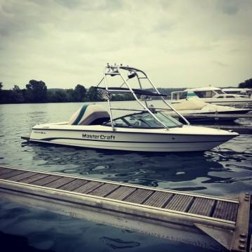 Rental Motorboat in Lac de Serre-Ponçon - Mastercraft Pro Star 190