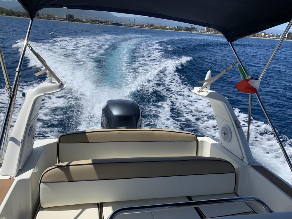 Rent a Marlin Boat Marlin 23 Lipari