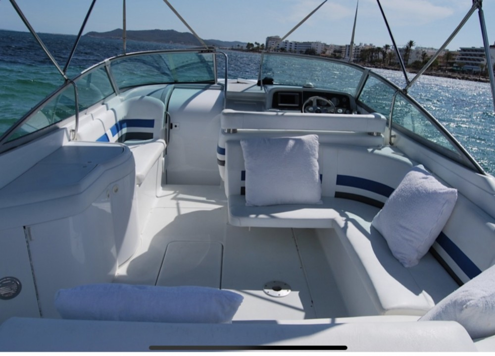 Rental Motor boat Formula with a permit