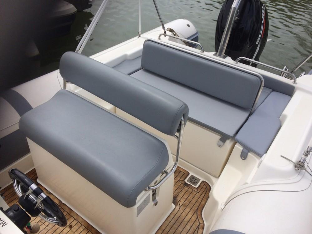 Boat rental Hyères cheap Clubman 26