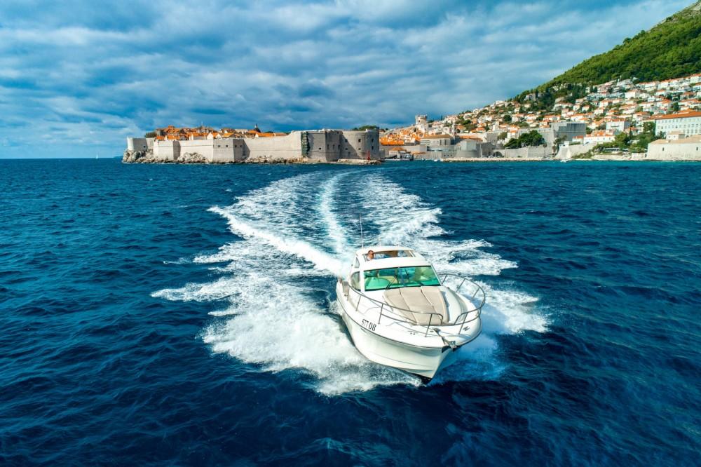 Rental Motorboat in Dubrovnik - Jeanneau PRESTIGE 34 s