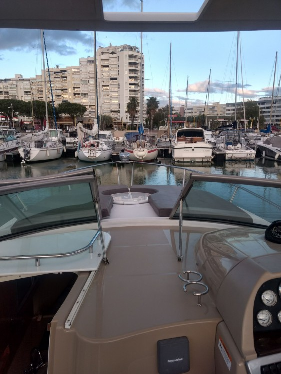 Rental yacht Mauguio - Four Winns Vista 278 on SamBoat