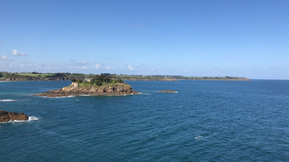 Hire Motor boat with or without skipper Quicksilver Saint-Malo