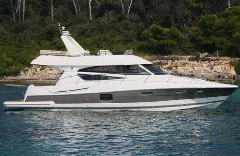 Rental yacht Hyères - Jeanneau Prestige 50 Fly on SamBoat