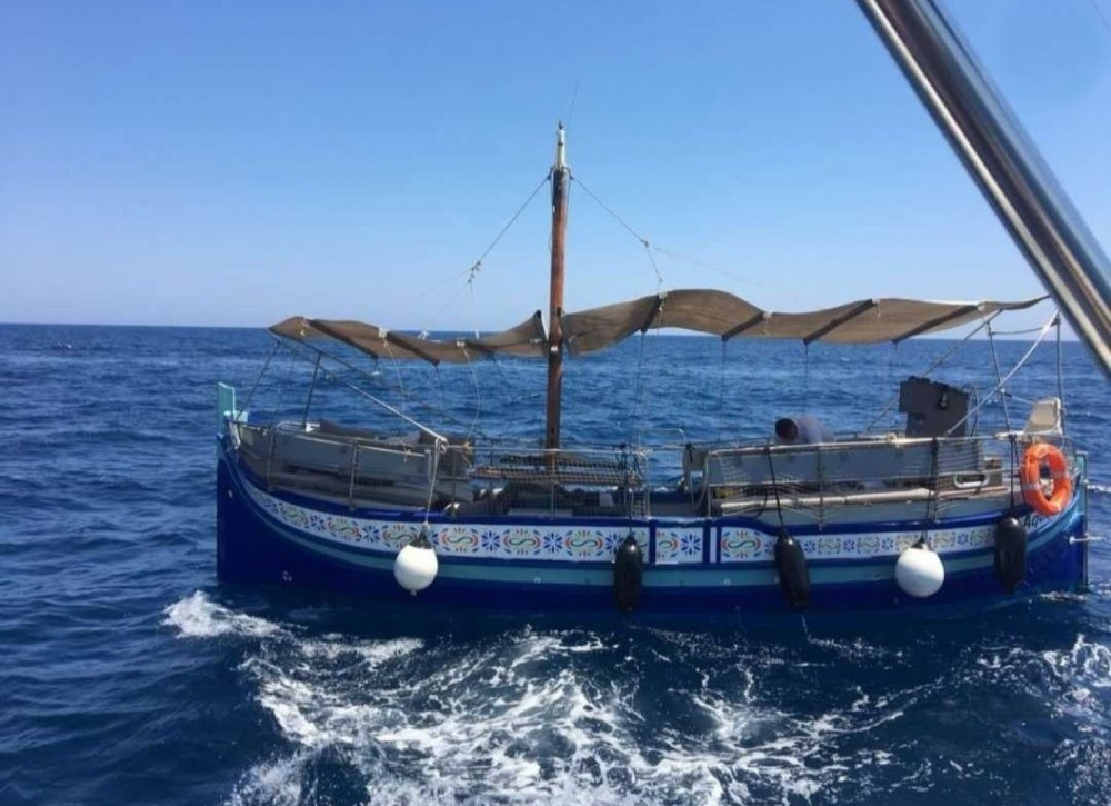 Boat rental Saint Julian's cheap Luzzu