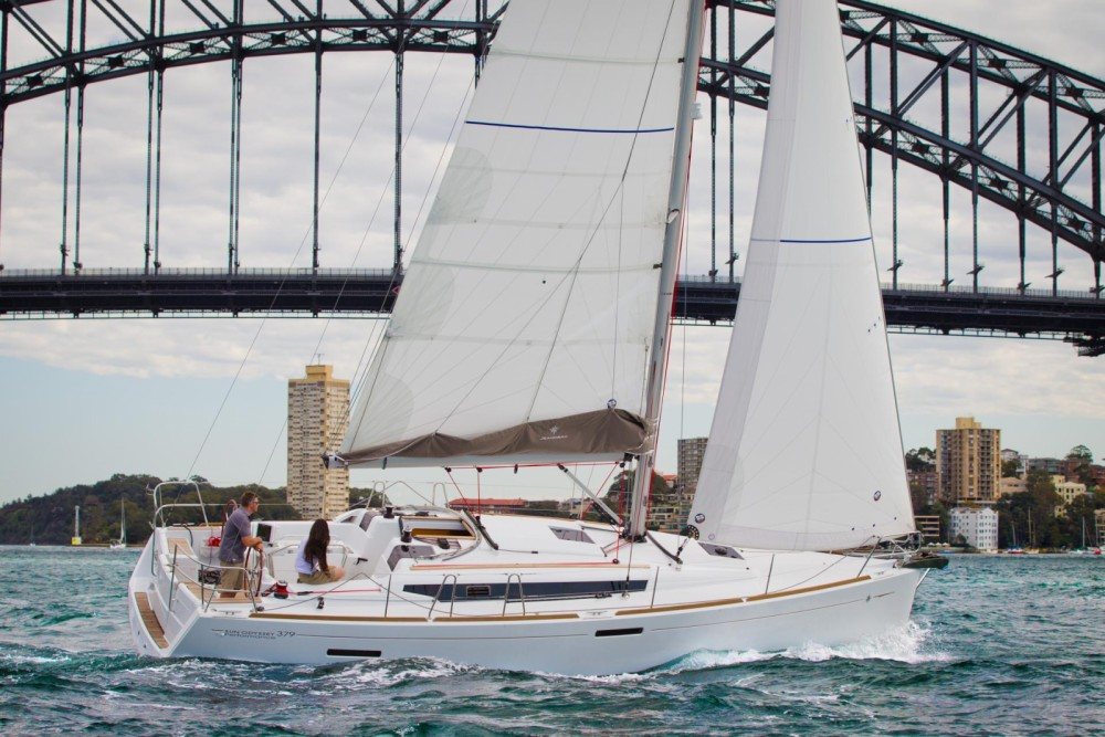 Rental yacht Toulon - Jeanneau Sun Odyssey 379 Perf on SamBoat