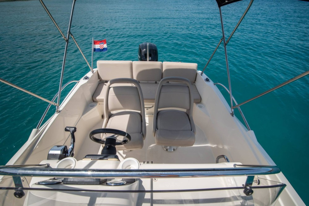 Boat rental Trogir cheap Activ 605 Open