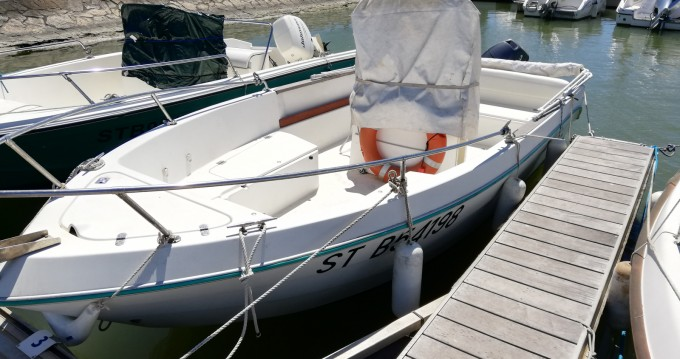 Rental Motorboat Cones-To-Sns-Societe with a permit