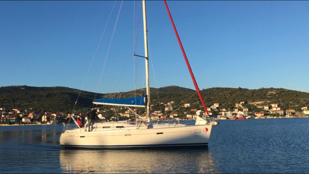 Rental yacht Vinišće - Bénéteau Oceanis 393 on SamBoat