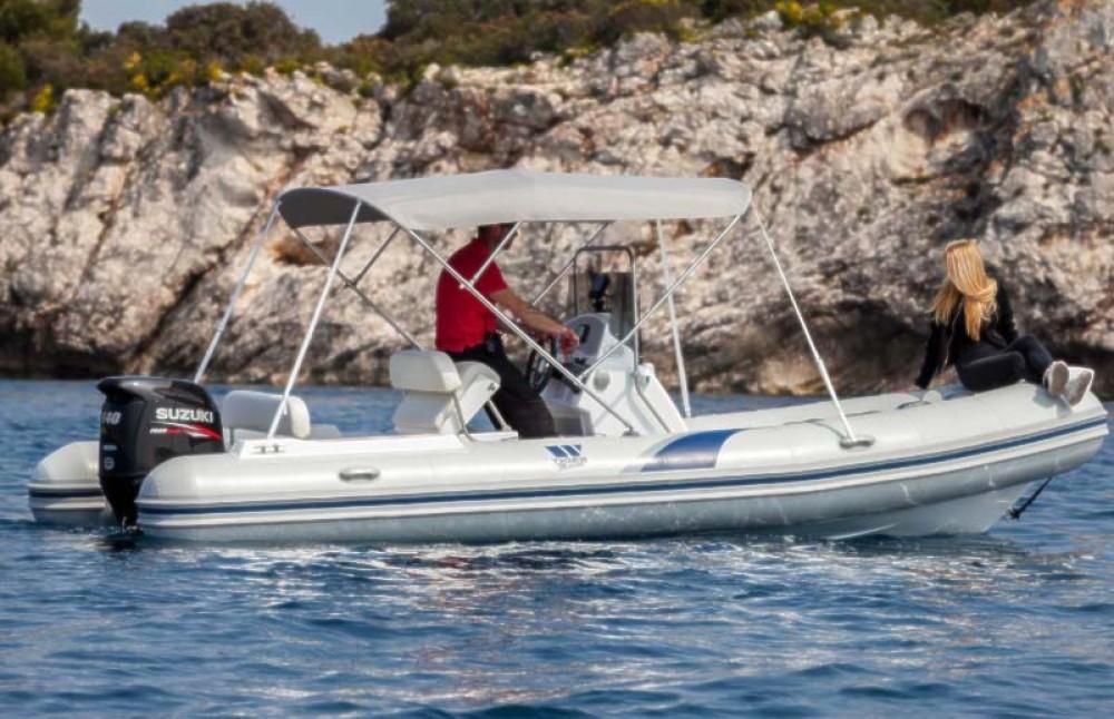 Boat rental Tiger Marine 620 Pro in Trogir on Samboat